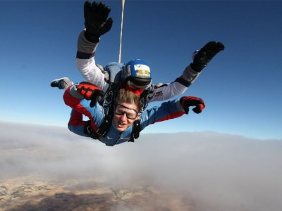 Tandem Skydiving Jump in Madrid+Photos/DVD Video