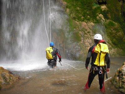 Aquatic ravine descent, Serranía de Cuenca