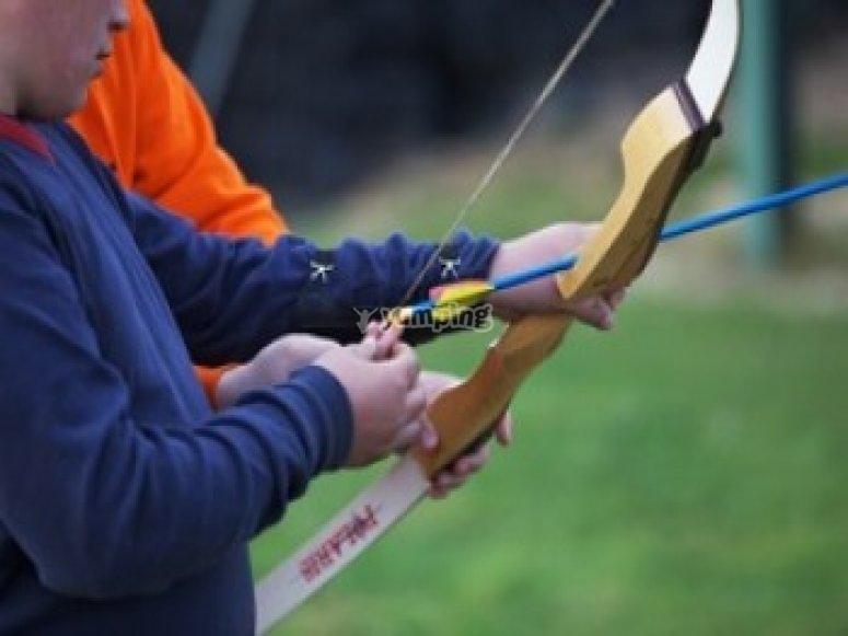 Archery taking aim