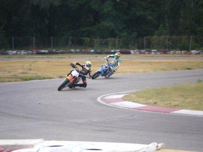 Karting El Pla Cursos de Conducción de Motos