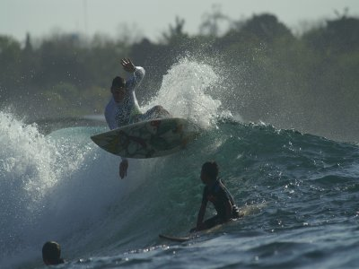 cHILY SURF & SKATE