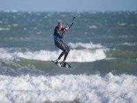 Kitesurfing stunt