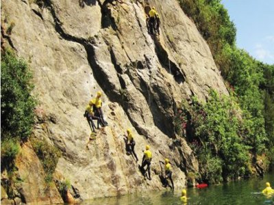Adrenalin Quarry Coasteering