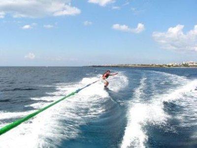 Surf & Sail Menorca Esquí Acuático
