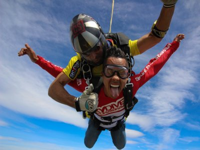 Parachute jump silver in Empuriabrava 3 hours