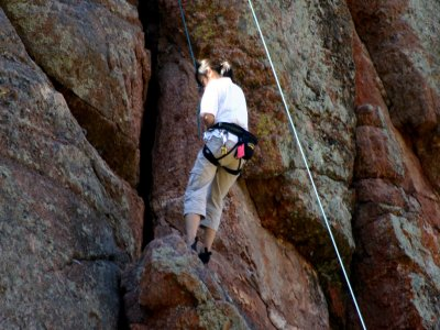 H2 Outdoor Abseiling