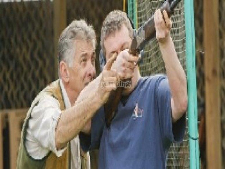 Receiving shooting instruction