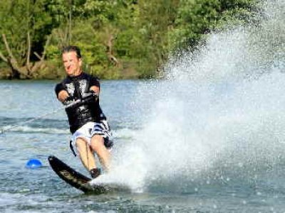 Dudley Water Ski Club  Wakeboarding