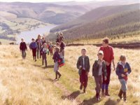 Enjoy the fantastic hiking experiences in the Peak District