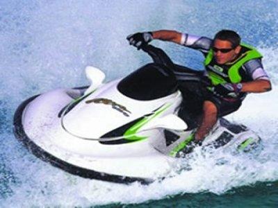 Boat of Dreams Motos de Agua