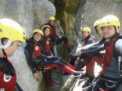 Canyoning for groups in Ventano del Diablo