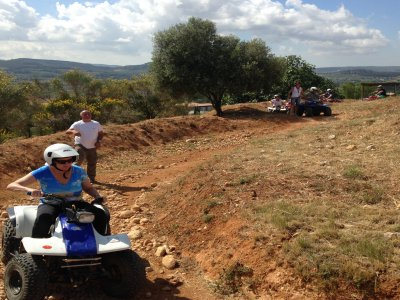 One-seater quad ride, Montnegre Park, 45 mins
