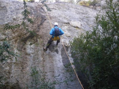 1-Day Rock Climbing Course in Madrid