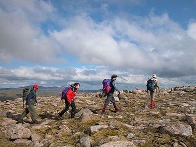 C-N-Do Scotland Hiking