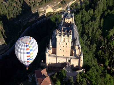 VIP Hot Air Balloon Flight for Couples, Segovia