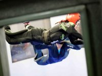 Wind tunnel skydiving