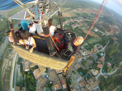 Balloon Ride in Osona-Vic + Pics & Diploma