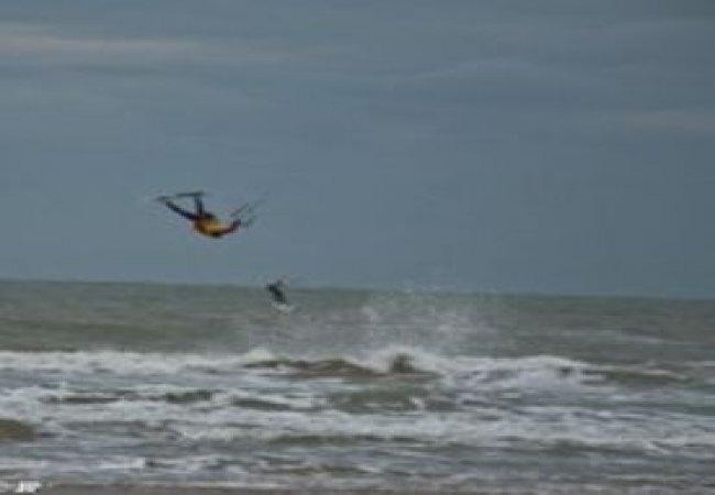 Kitesurfing stunts