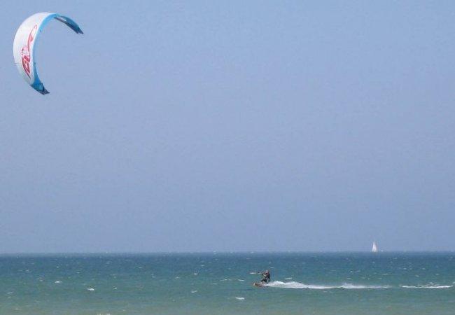 Sunny kitesurfing