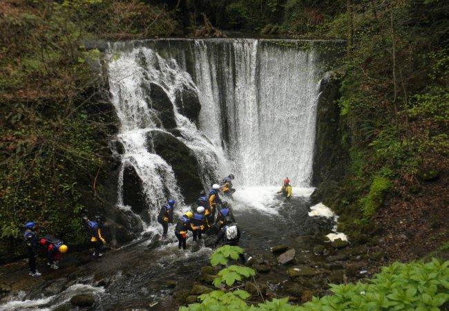 Gorge scrambling at alva glen 4